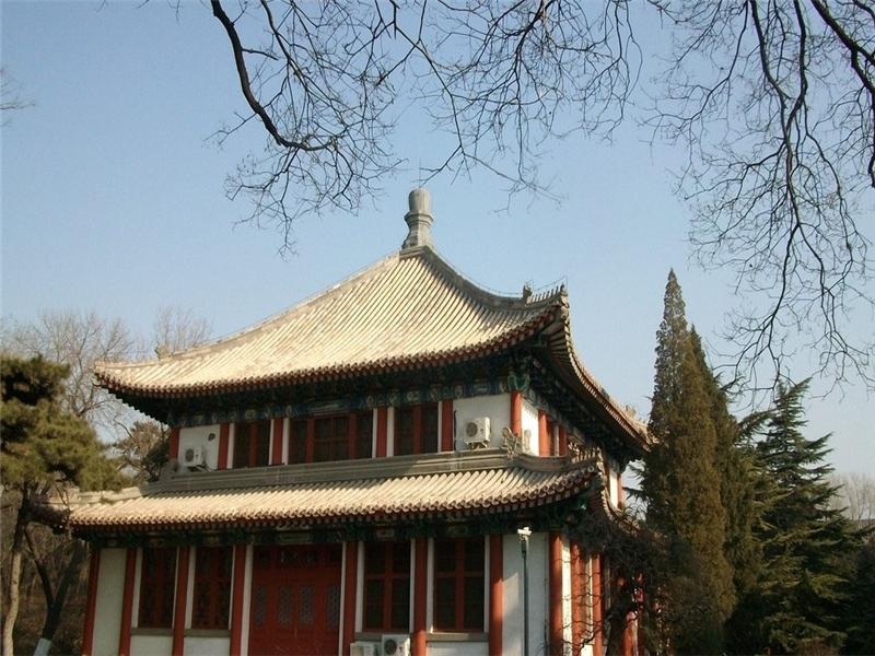 北京大学北阁